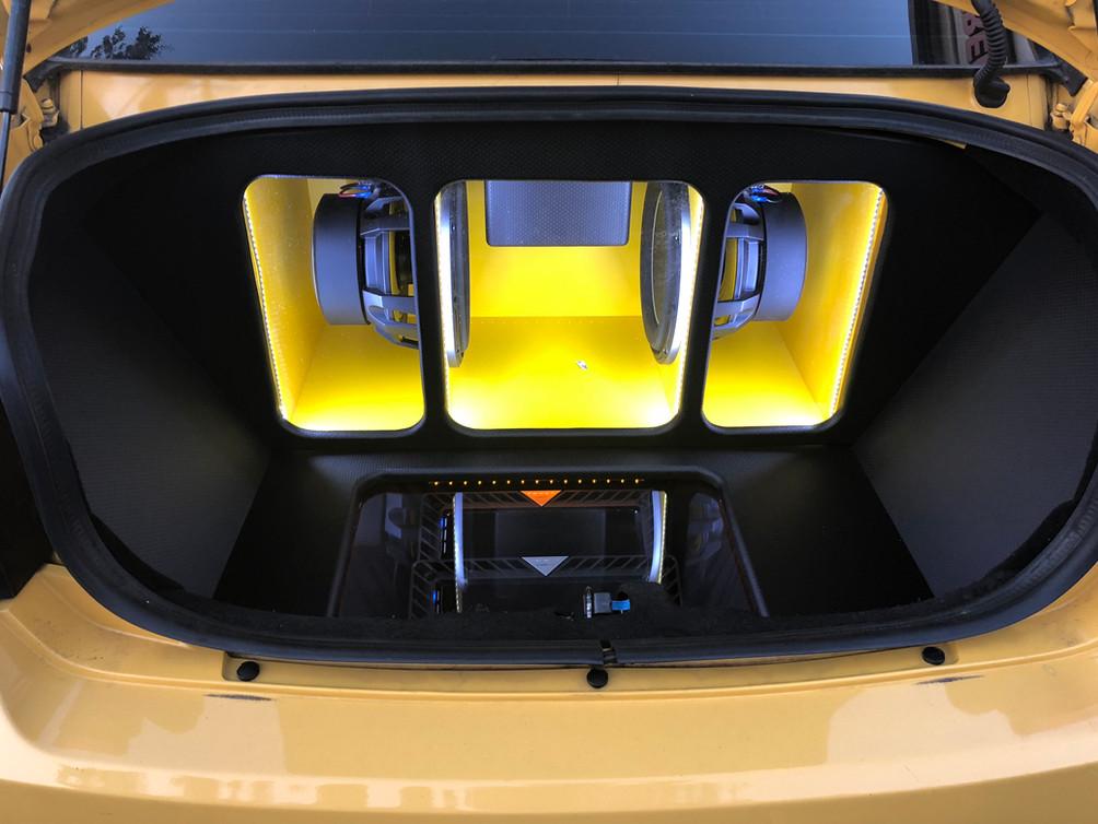 JL Audio 12w6v3 custom trunk Dodge Charger