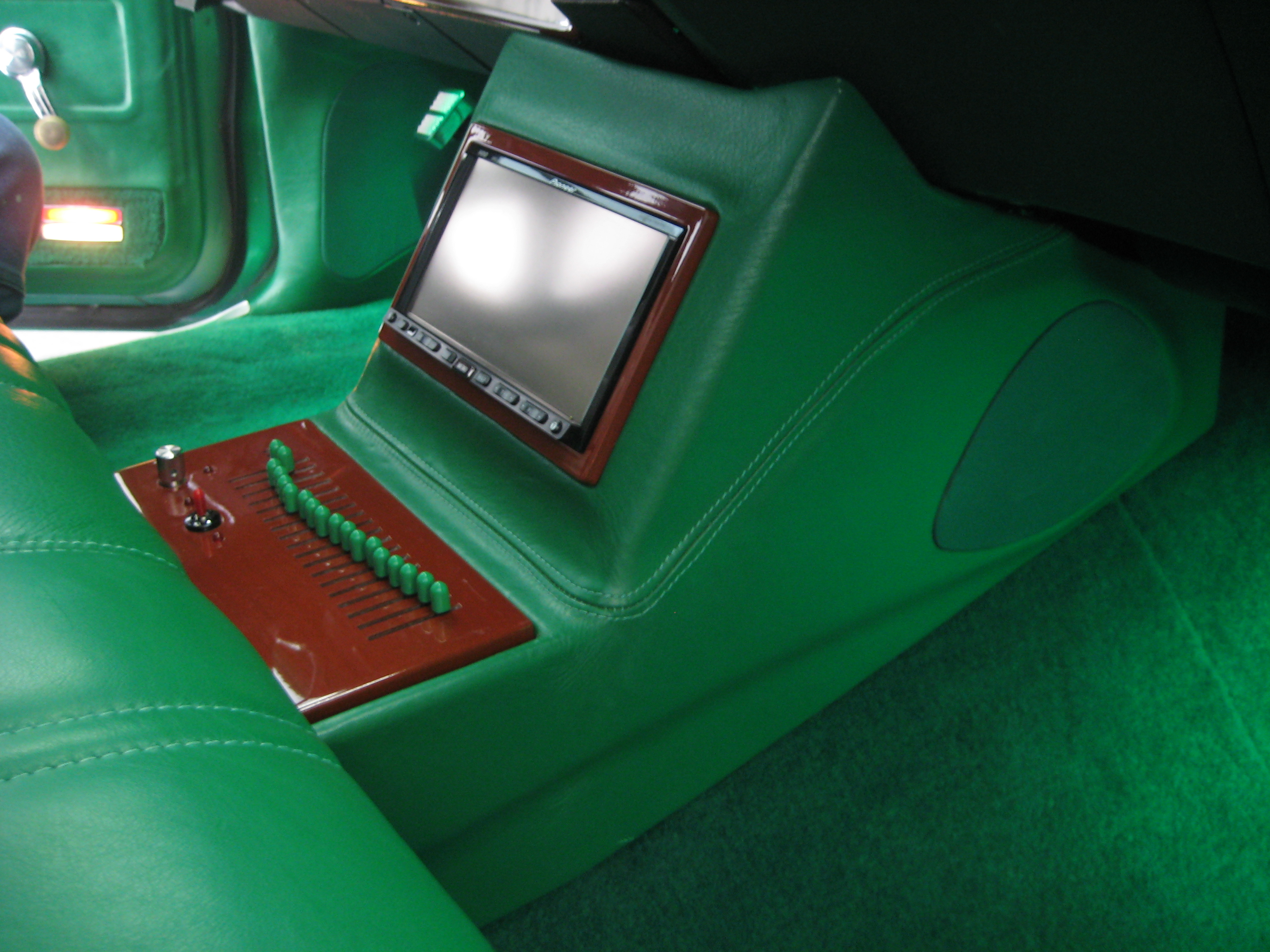 old school center console