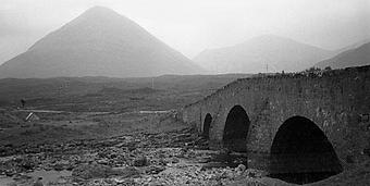 Cullin Hills Bridge