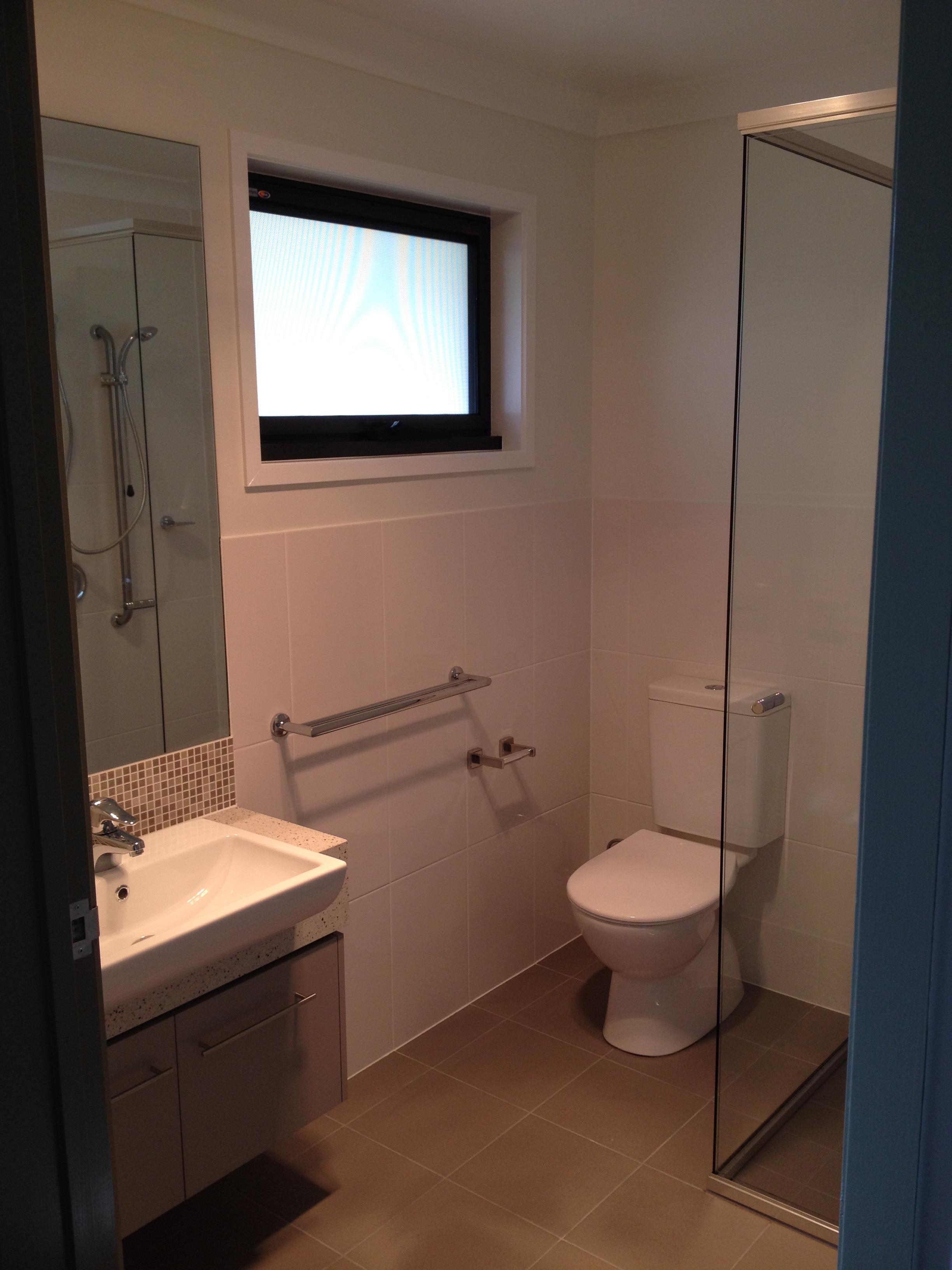 Endeavour - Platinum Bathroom