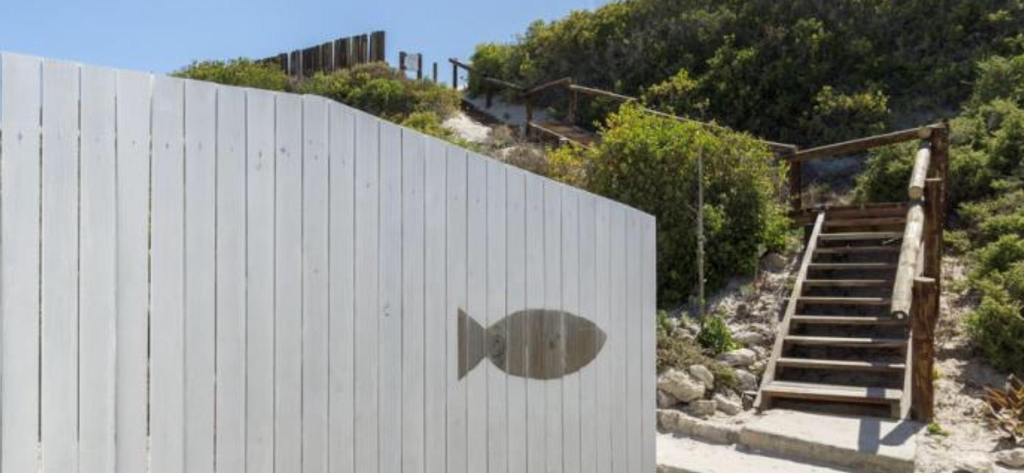 Rooisee beach cottage