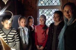 Детский хор на Литургии.