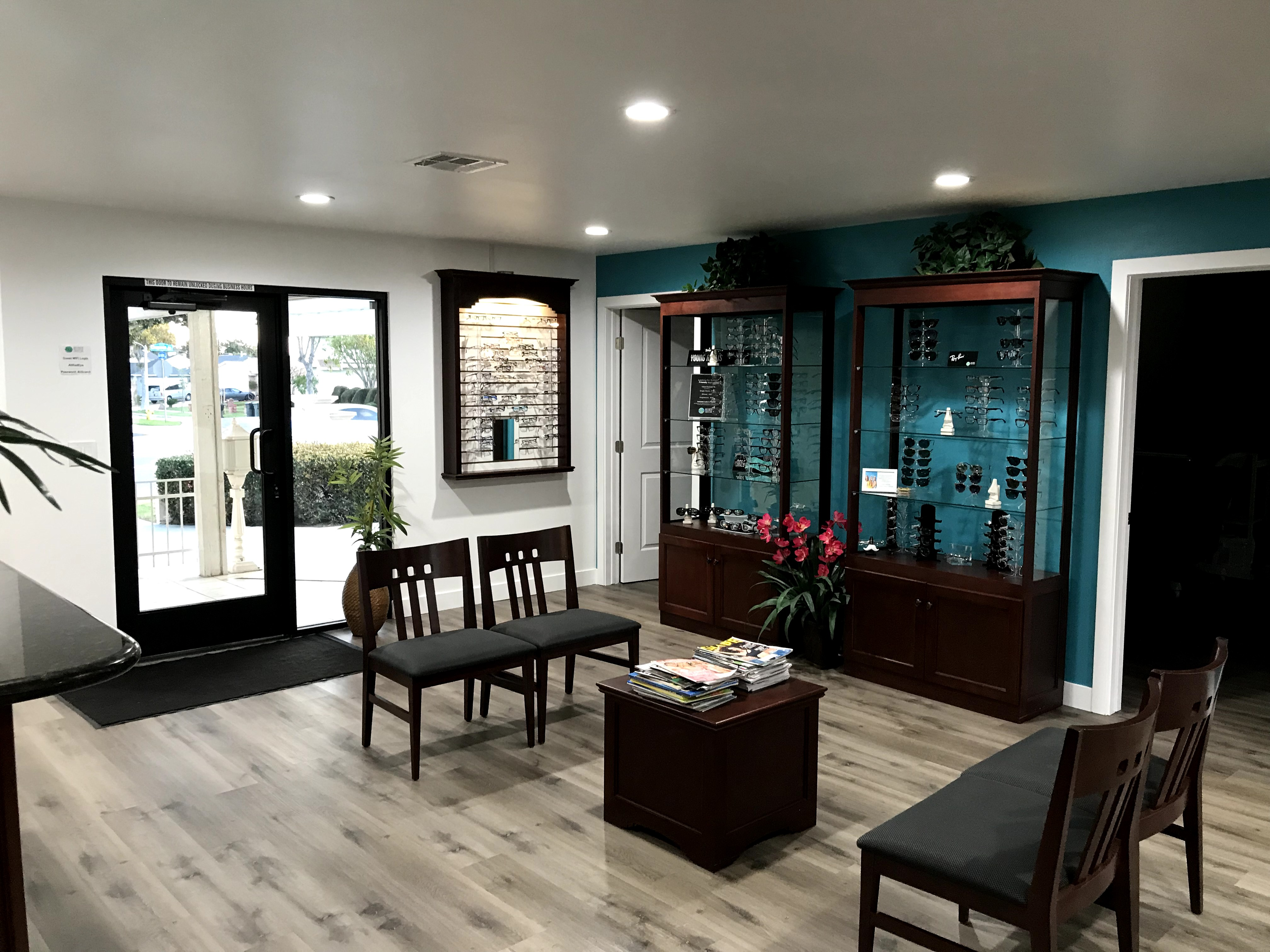 Ophthalmologist Office Remodel