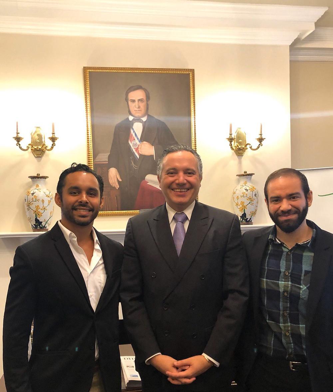 Honorable Embajador de Costa Rica Dr. Fernando Llorca - GENIA