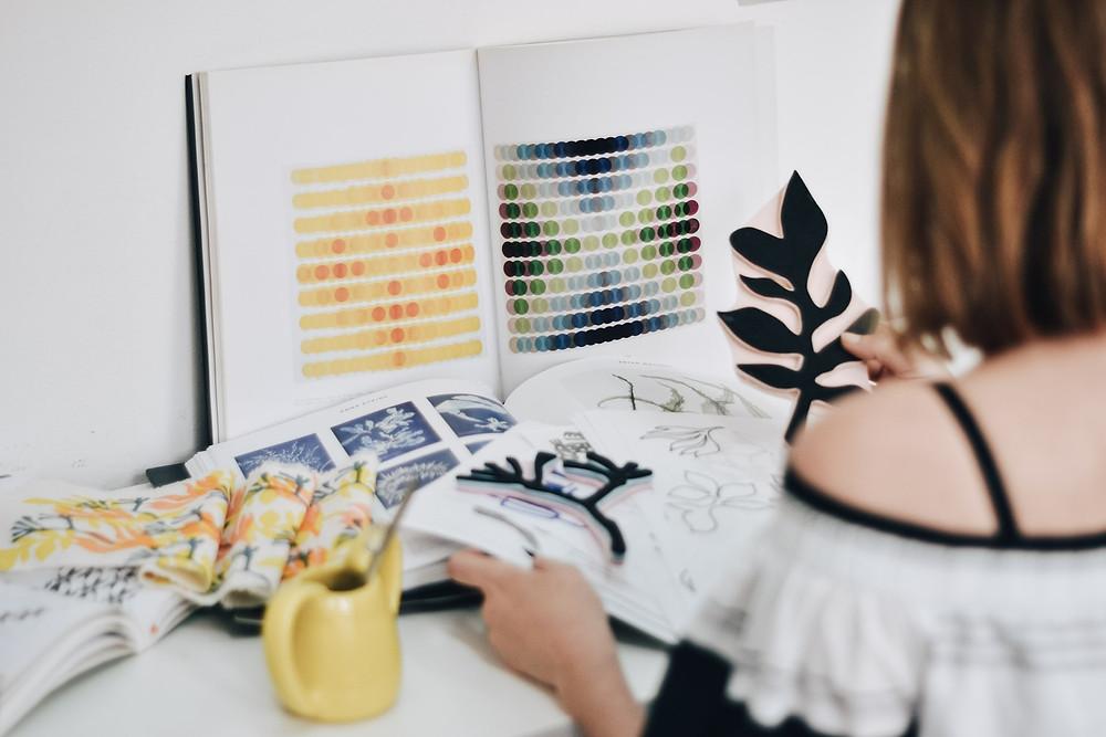 Sofia Quintana sellos diseño estampado textil estudio taller