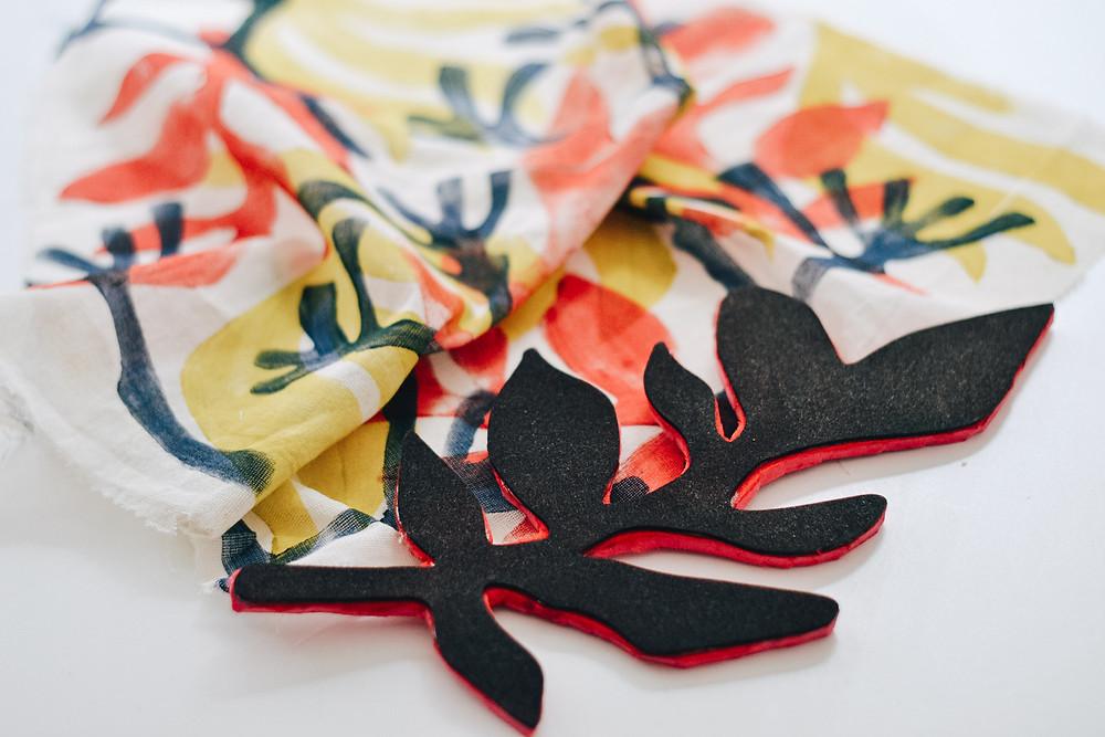 Sello estampado textil hoja artesanal