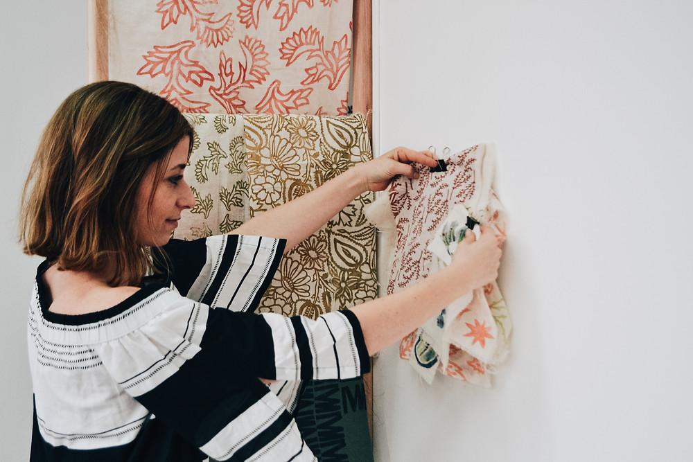 Sofía Quintana textiles estampados artesanal sellos muestrario
