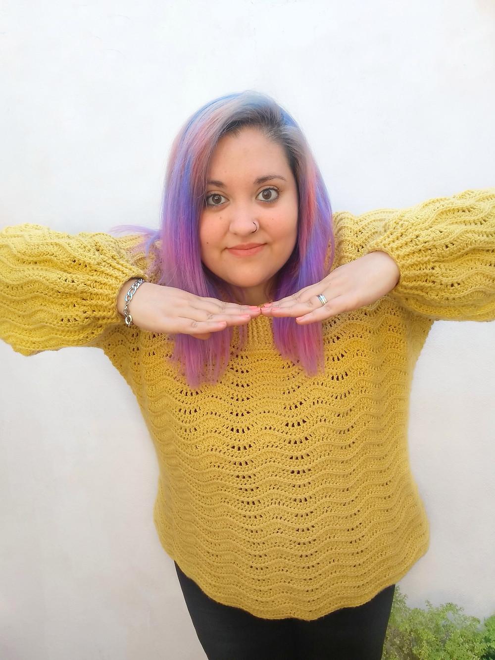 Nashi Mumini Knits pelo de colores mujer patron de tejido body positive