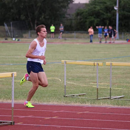 George Day grabs a PB at YDL event in Walthamstow
