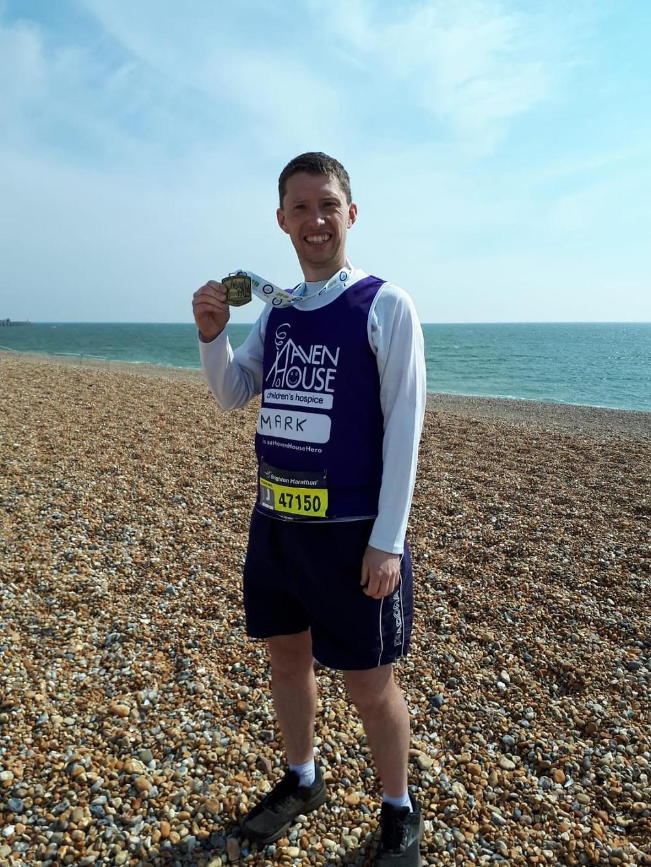 Mark Morris completes Brighton Marathon