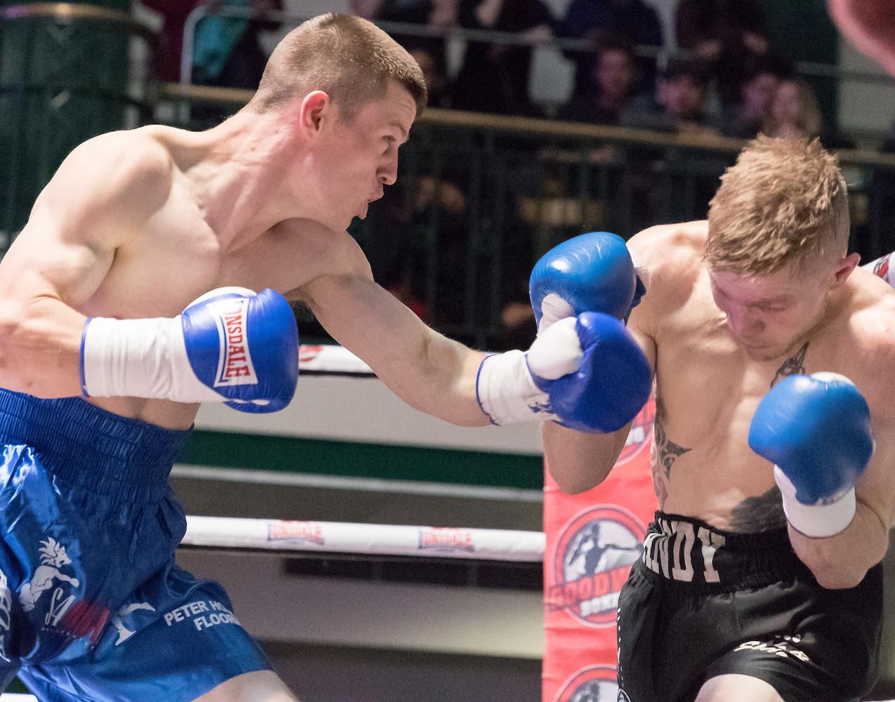 Liam Dillon vs Andy Harris