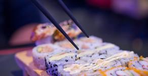 Usted no lo haga: los errores más comunes que se cometen a la hora de comer sushi
