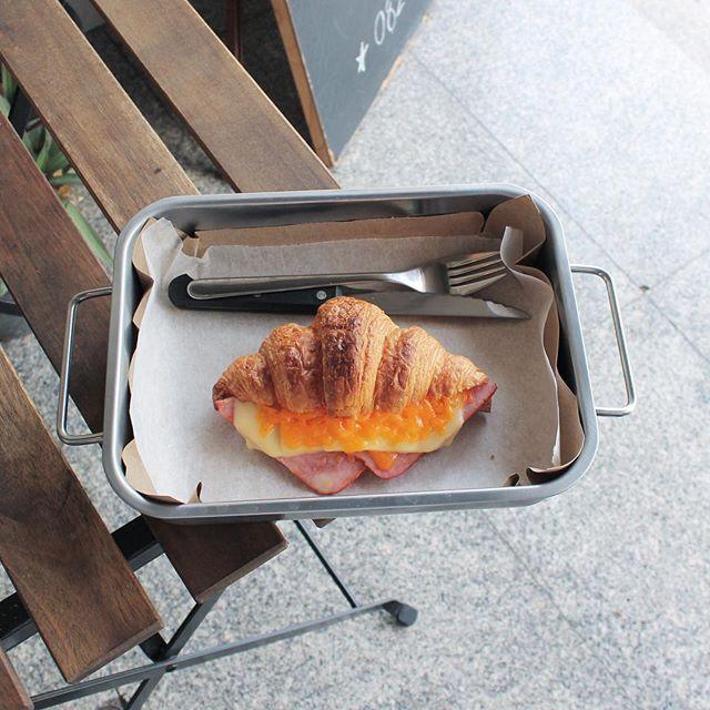 Original croissant ham & cheese ;)
