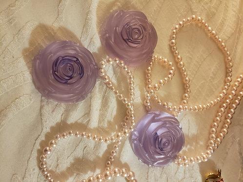 Rose Necklace/Tiki