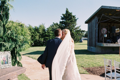 Cedar Lake Cellars Wedding | Film Photographer | Lauren & Joe Green