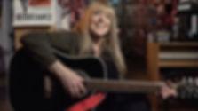 Dom guitarre.jpg