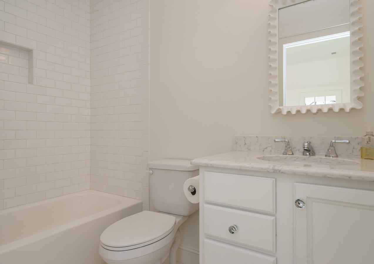 1501 Bathroom