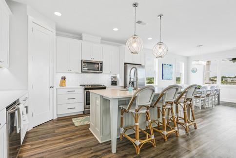 2724 W Pelican Kitchen