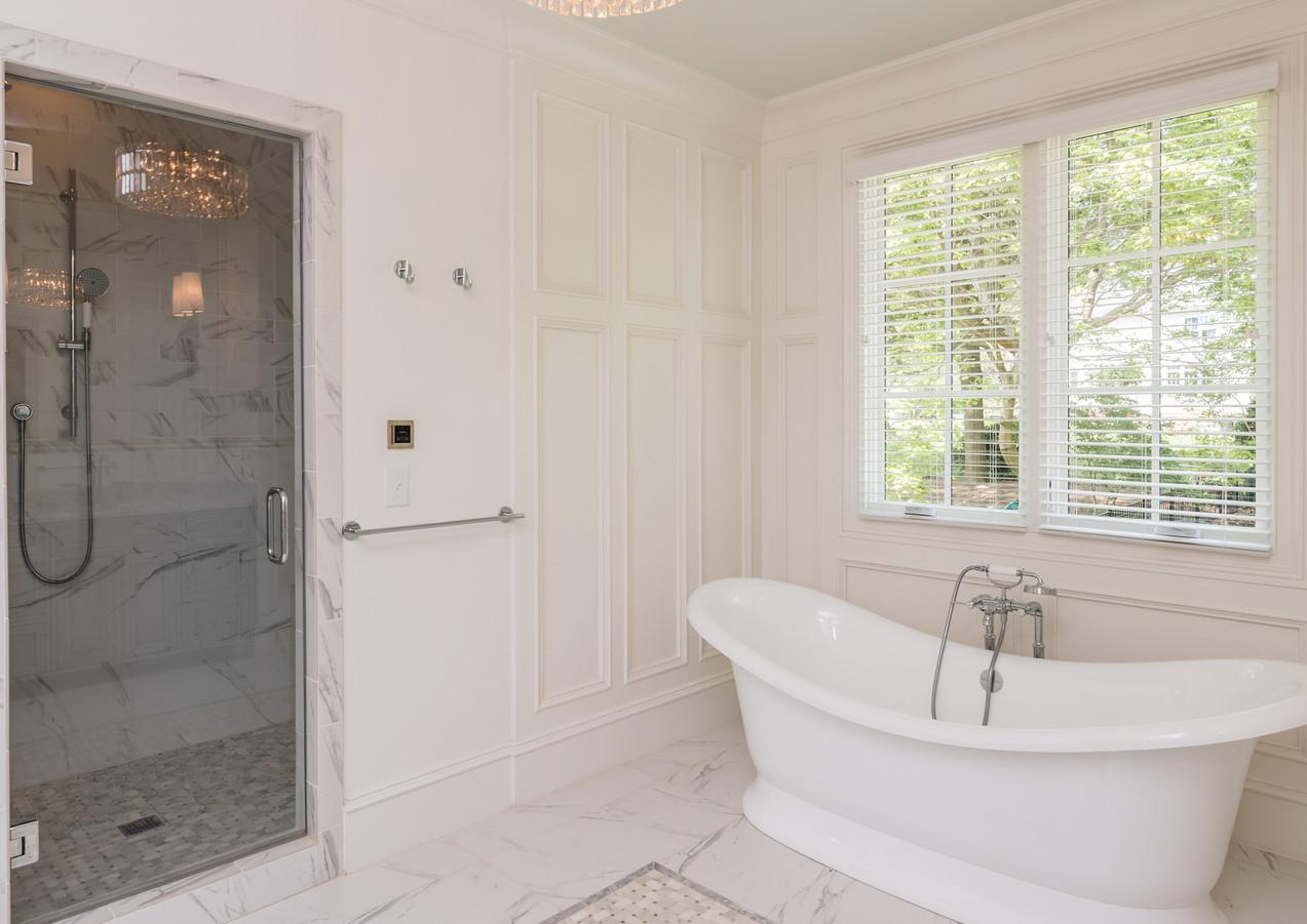 2715 Bathroom