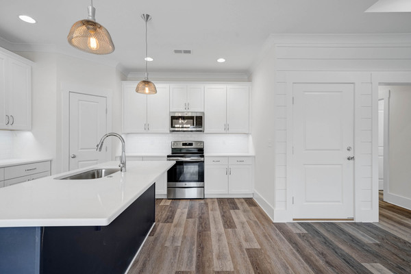 115 NE 7th Kitchen