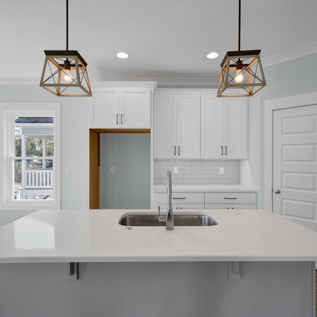 117 NE 7th Kitchen