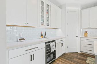 2724 W Pelican Kitchen