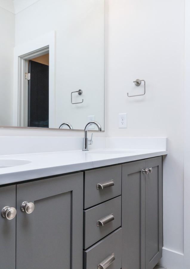 733 Bathroom