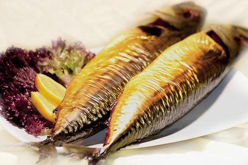 Makrele ganz geräuchert (370-440g)