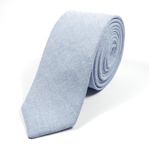 Linen (light blue)