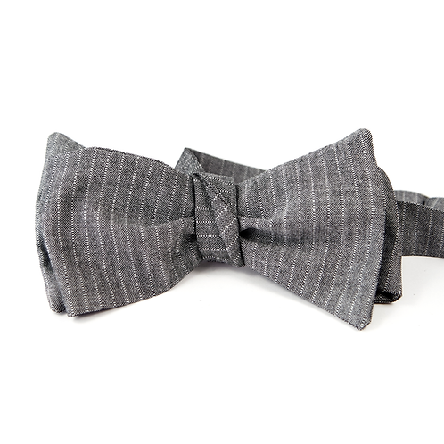 Pinstripe Worsted Bowtie (light grey)