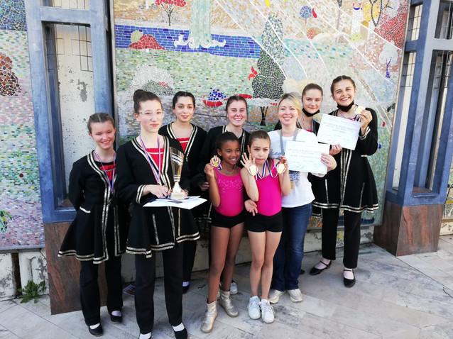 Les médaillées 2021 en danse de caractère, jazz et classique.