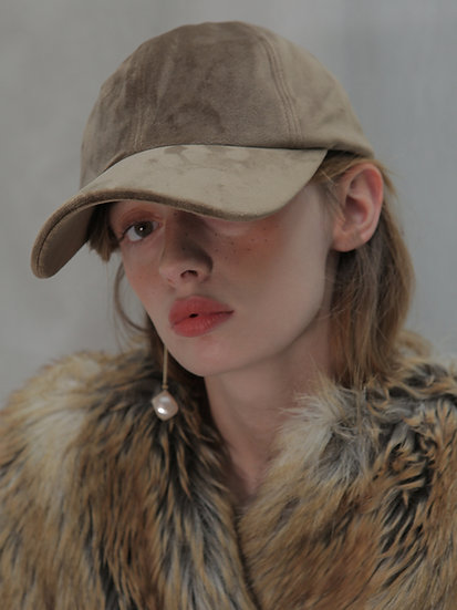 'Moonflower' Velvet ballcap in khaki