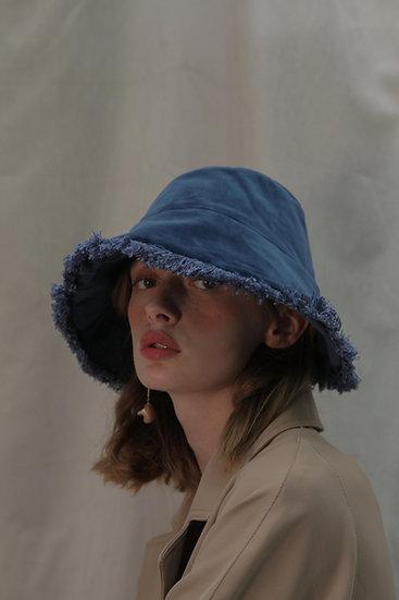'Moonflower' velvet bucket in blue