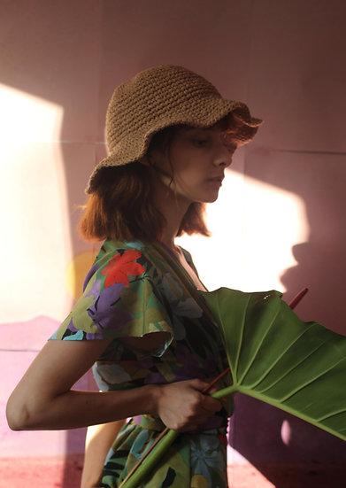 'Natural beauty' straw bucket hat in beige