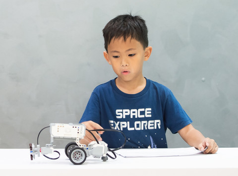 Noah, 7: I have created and coded projects that we see in everyday life