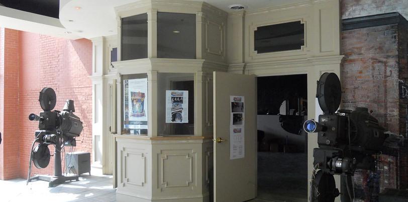 WarnerOhioTheater2.jpg