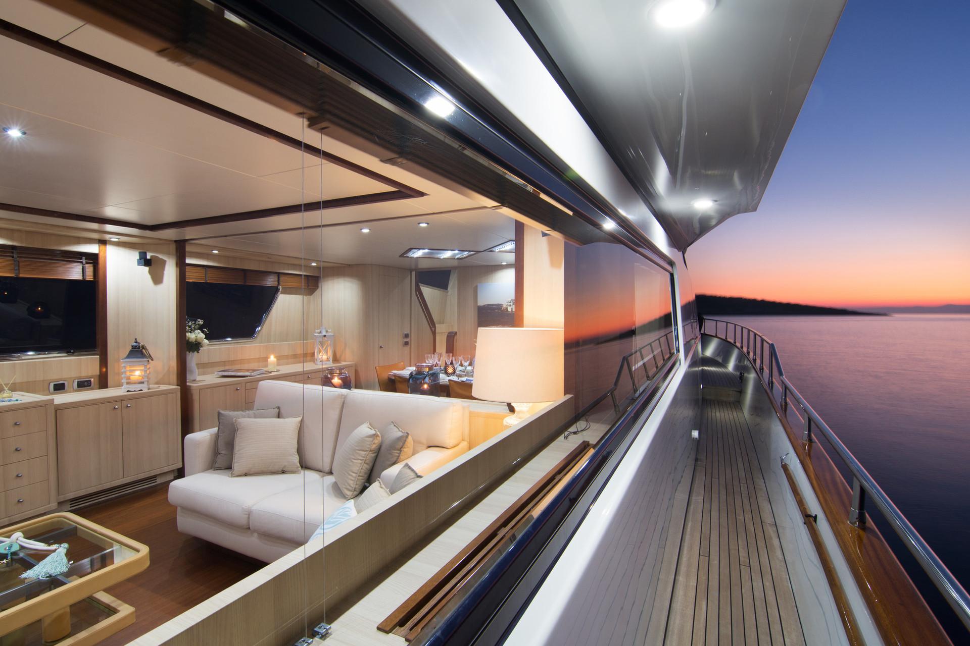 Yacht ACIONNA by San Lorenzo - side.jpg