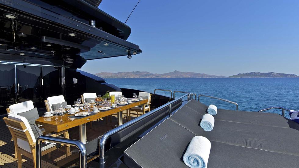 Aft deck and sun pads.jpg