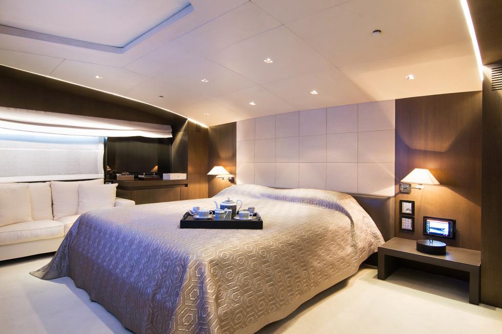 Master suite large.jpg