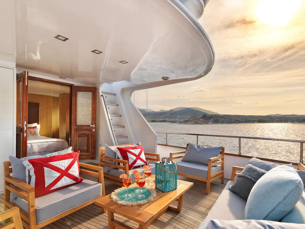 HAPPY DAY upper deck Owner's terrace.jpg
