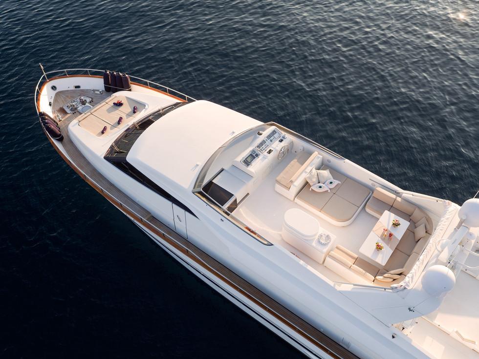 Yacht ACIONNA by San Lorenzo 3.jpg