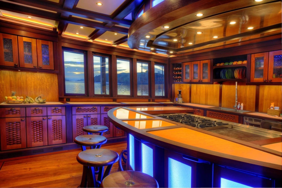 [51m-Yacht-DUNIA-BARU]-9212-153.jpg