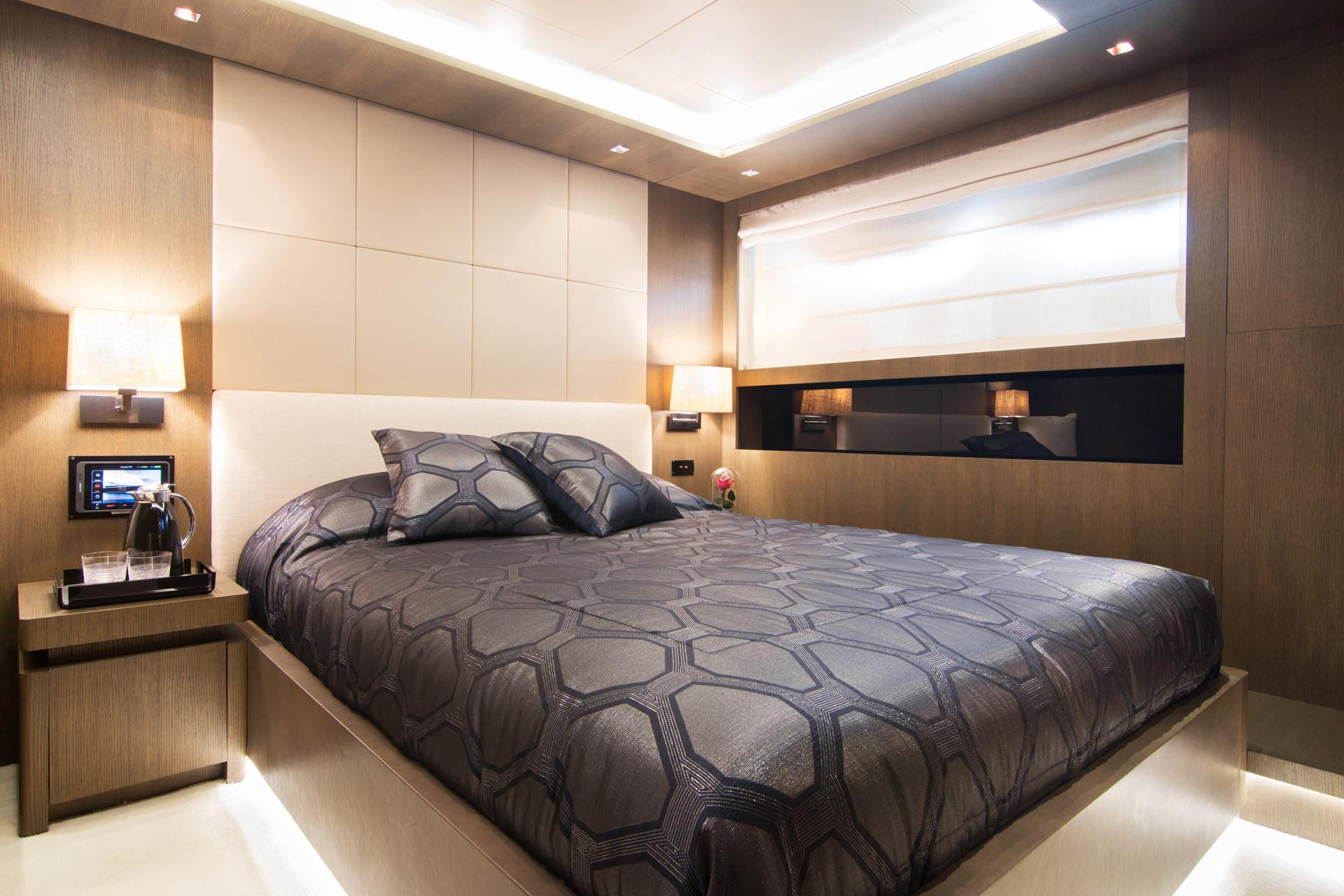 double guest cabin  .jpg