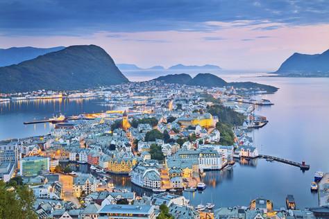 norwegian city of Alesund.jpg