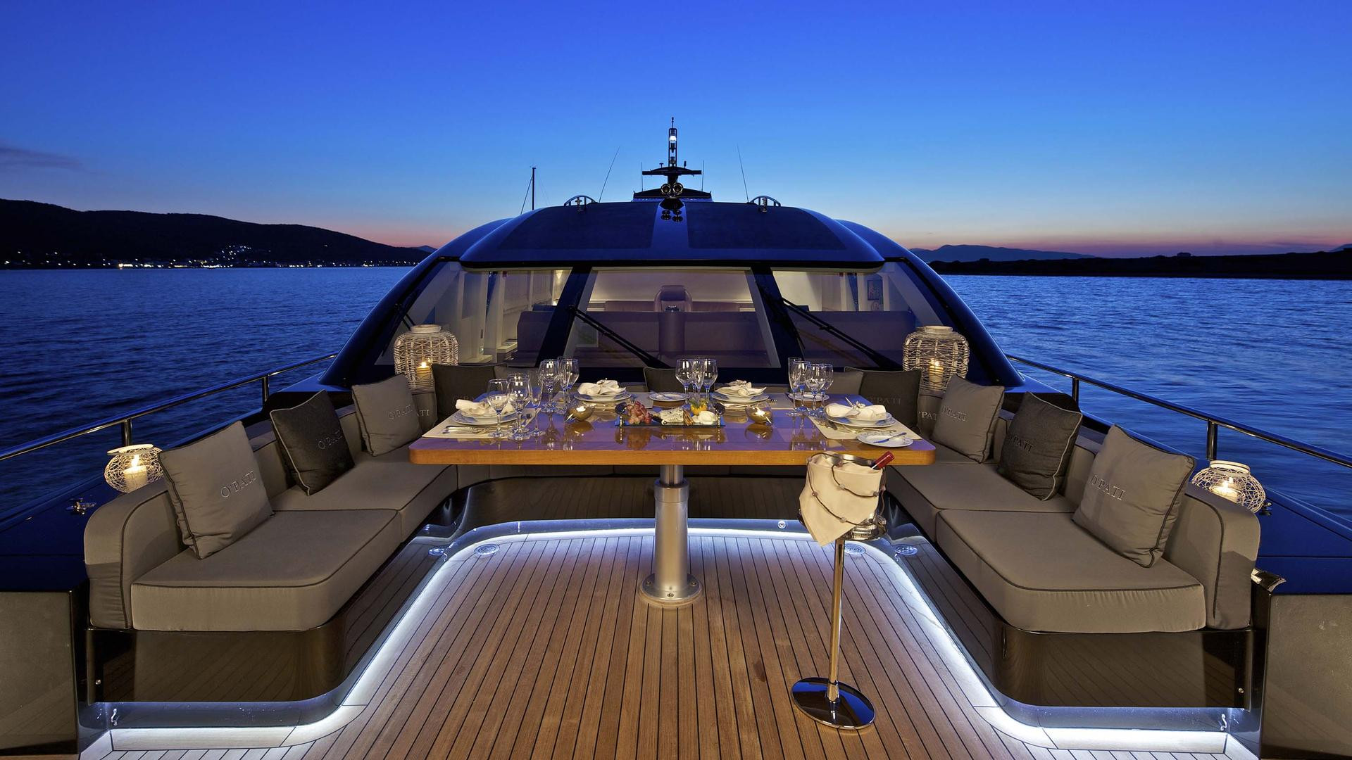 Foredeck at night.jpg