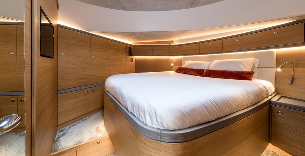 Z55-VIP-cabin-e1516119204947.jpg