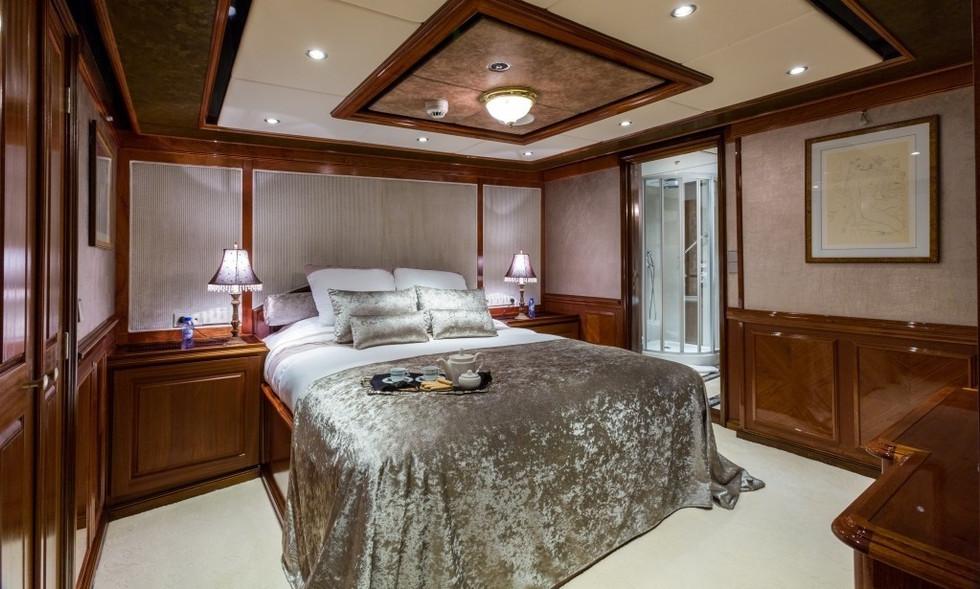 [77m-Yacht-LEGEND]-296-101.jpg