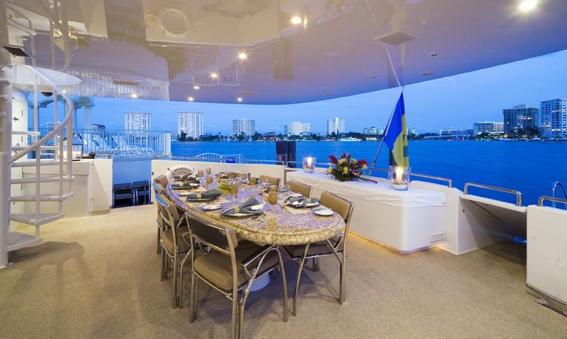 [36m-Yacht-MOONRAKER]-5781-80.jpg