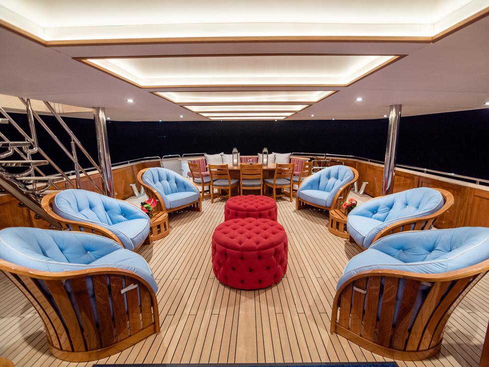 Aft deck seating (1).jpg