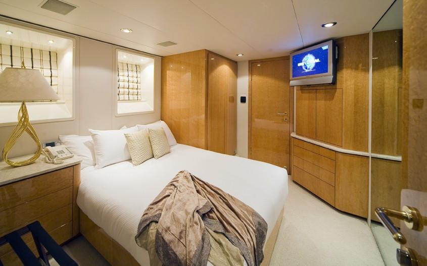 [36m-Yacht-MOONRAKER]-5781-104.jpg